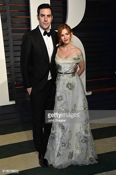 Actor Sacha Baron Cohen and actress Isla Fisher arrives at the 2016 Vanity Fair Oscar Party Hosted By Graydon Carter at Wallis Annenberg Center for...