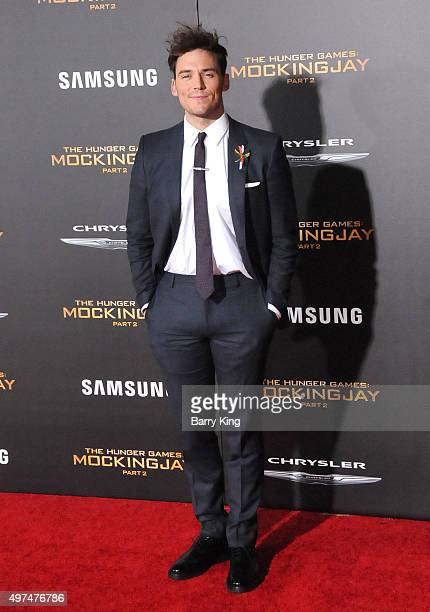 Actor Sam Claflin attends Premiere Of Lionsgate's 'The Hunger Games Mockingjay Part 2' at Microsoft Theater on November 16, 2015 in Los Angeles,...