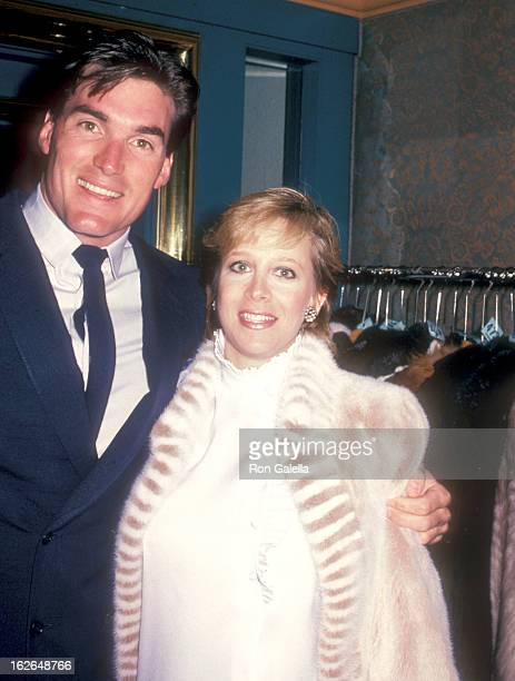 Actor Sam J Jones and wife Lynn Eriks attend the Party for ZupnikCurtis Enterprises on March 19 1983 at Jimmy's Restaurant in Beverly Hills California
