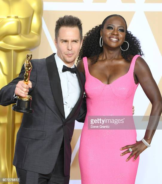 Actor Sam Rockwell winner of the Best Supporting Actor award for 'Three Billboards Outside Ebbing Missouri' and actor Viola Davis pose in the press...