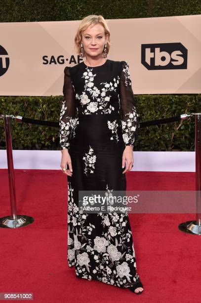 Actor Samantha Mathis attends the 24th Annual Screen Actors Guild Awards at The Shrine Auditorium on January 21 2018 in Los Angeles California...