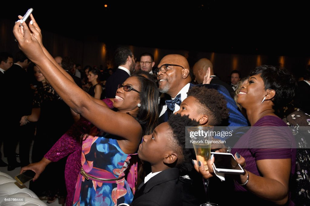 Actor Samuel L. Jackson (C) takes a selfie with Jaden Piner, Alex R. Hibbert and guests during the 89th Annual Academy Awards Governors Ball at Hollywood & Highland Center on February 26, 2017 in Hollywood, California.