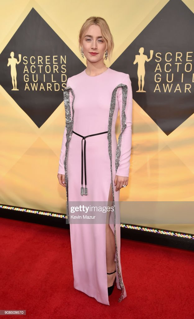 Actor Saoirse Ronan attends the 24th Annual Screen Actors Guild Awards at The Shrine Auditorium on January 21, 2018 in Los Angeles, California. 27522_007