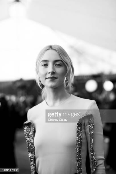 Actor Saoirse Ronan attends the 24th Annual Screen Actors Guild Awards at The Shrine Auditorium on January 21 2018 in Los Angeles California 27522_008