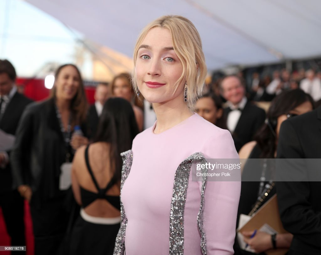 Actor Saoirse Ronan attends the 24th Annual Screen Actors Guild Awards at The Shrine Auditorium on January 21, 2018 in Los Angeles, California. 27522_010