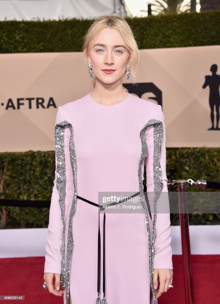 Actor Saoirse Ronan attends the 24th Annual Screen Actors Guild Awards at The Shrine Auditorium on January 21, 2018 in Los Angeles, California. 27522_006