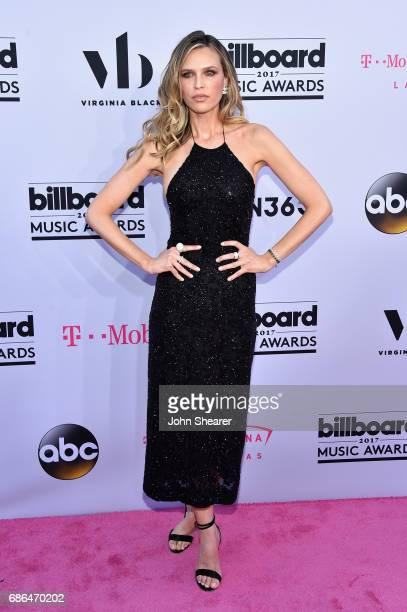 Actor Sara Foster attends the 2017 Billboard Music Awards at TMobile Arena on May 21 2017 in Las Vegas Nevada