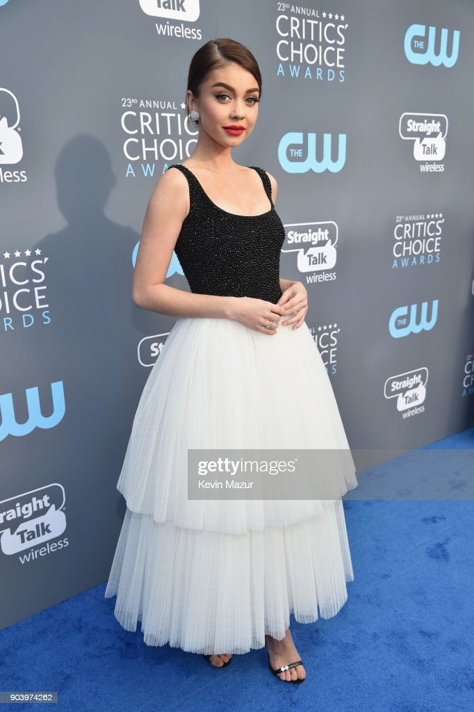 Actor Sarah Hyland attends The 23rd Annual Critics' Choice Awards at Barker Hangar on January 11, 2018 in Santa Monica, California.