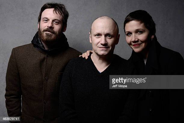 Actor Scoot McNairy director Lenny Abrahamson and actress Maggie Gyllenhaal pose for a portrait during the 2014 Sundance Film Festival at the...