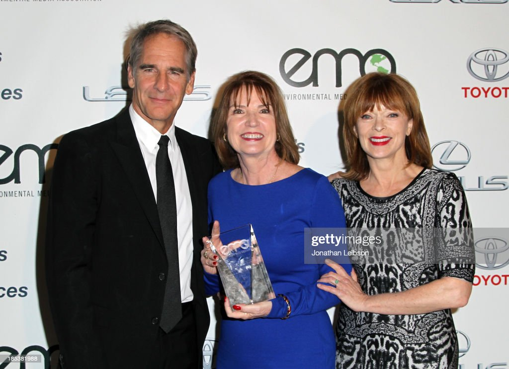 Actor Scott Bakula, Green Production Award Honoree for the Screen Actors Guild Awards, Kathy Connell, and actress Frances Fisher attend the 23rd Annual Environmental Media Awards presented by Toyota and Lexus at Warner Bros. Studios on October 19, 2013 in Burbank, California.