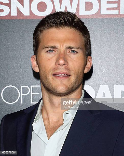 Actor Scott Eastwood attends the 'Snowden' New York premiere at AMC Loews Lincoln Square on September 13 2016 in New York City