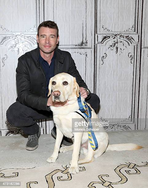 Actor Scott Foley and Alf the service dog Visit AOL Build at AOL Studios In New York on May 13 2015 in New York City