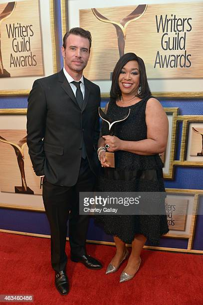 Actor Scott Foley and honoree Shonda Rhimes pose with the WGA Lifetime Achievement Award during the 2015 Writers Guild Awards L.A. Ceremony at the...