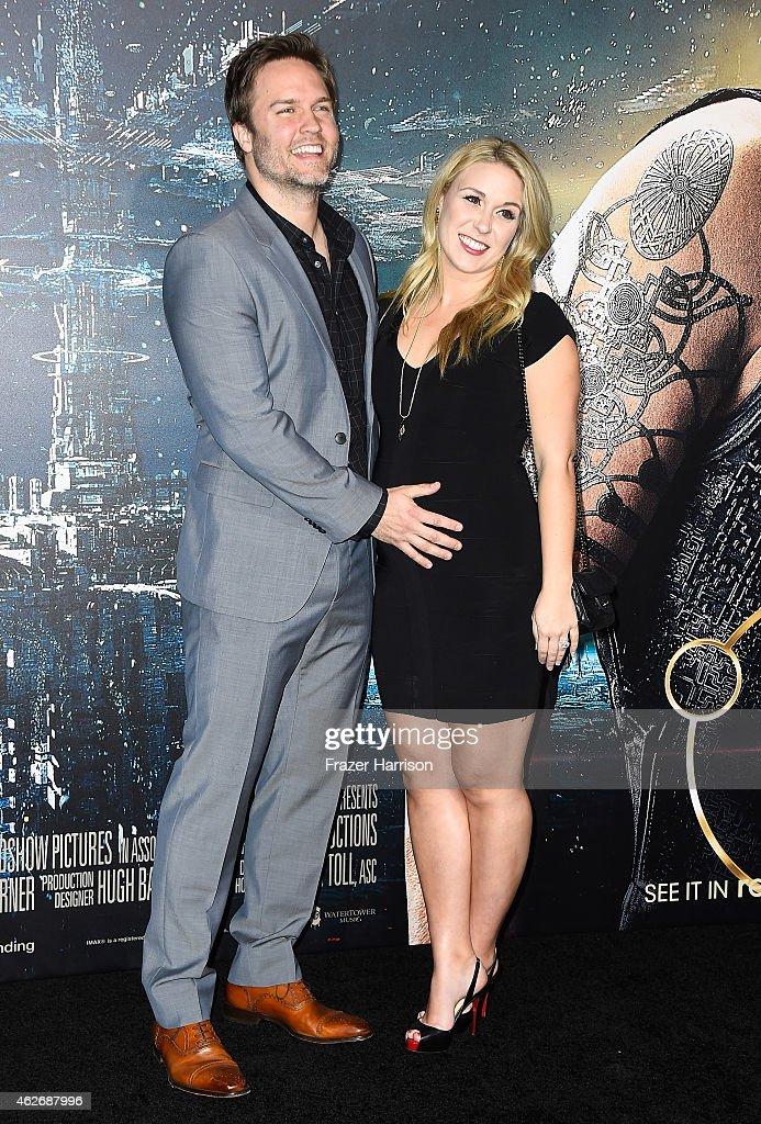 """Premiere Of Warner Bros. Pictures' """"Jupiter Ascending"""" - Arrivals"""