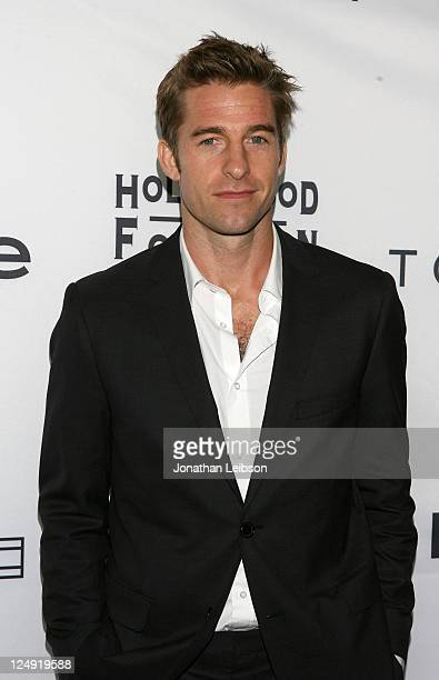 Actor Scott Speedman arrives at the Tommy Hilfiger Hosts Hollywood Foreign Press Association and InStyle TIFF Party at Windsor Arms Hotel on...