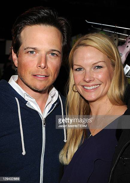 Actor Scott Wolf and Kelley Limp attend The Samsung Galaxy Tab Lift on January 23 2011 in Park City Utah