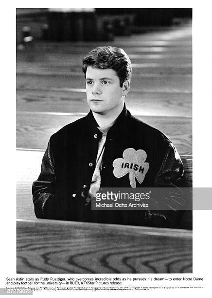 Actor Sean Astin on set of the TriStar Pictures movie 'Rudy' in 1993