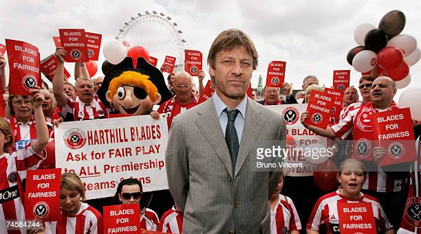 Actor Sean Bean poses with Sheffield United fans on the Embankment on June 13 2007 in London England Bean is visiting Westminister Palace to speak...