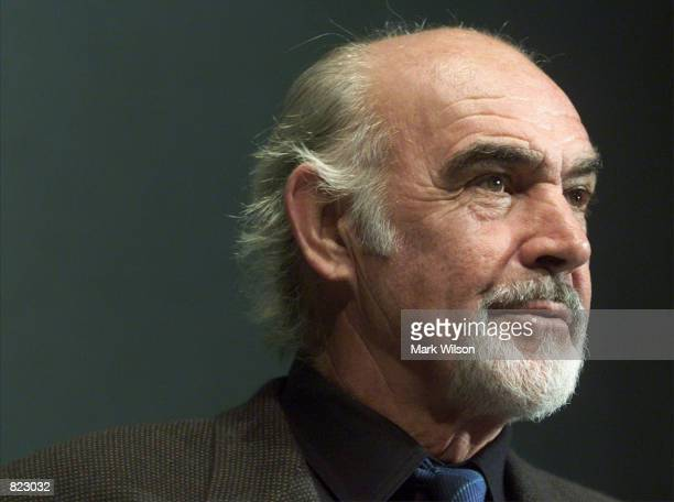 Actor Sean Connery addresses a crowd of reporters at the National Press Club, April 6, 2001 In Washington, DC. Connery was in town to accept the...