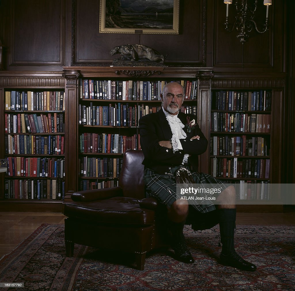 Actor Sean Connery is photographed for Paris Match in Washington DC on April 4, 2001.