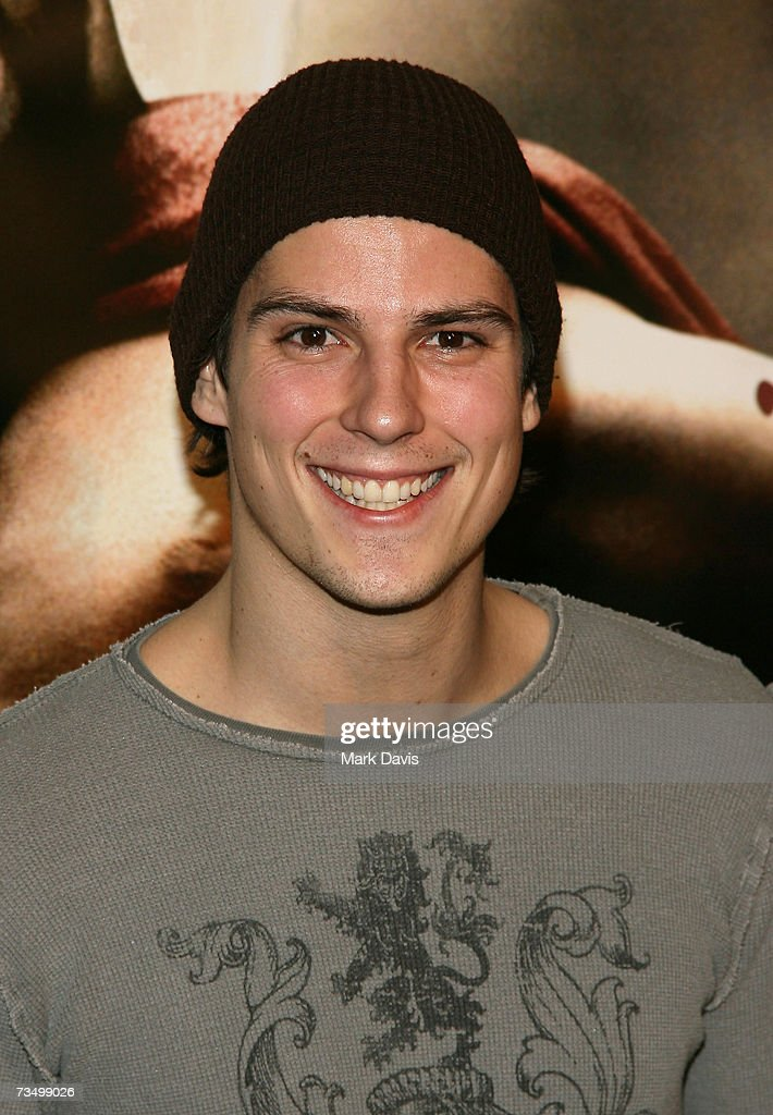Actor Sean Faris attends the Warner Bros. premiere of '300' held at Grauman's Chinese theater on March 5, 2007 in Hollywood, California.