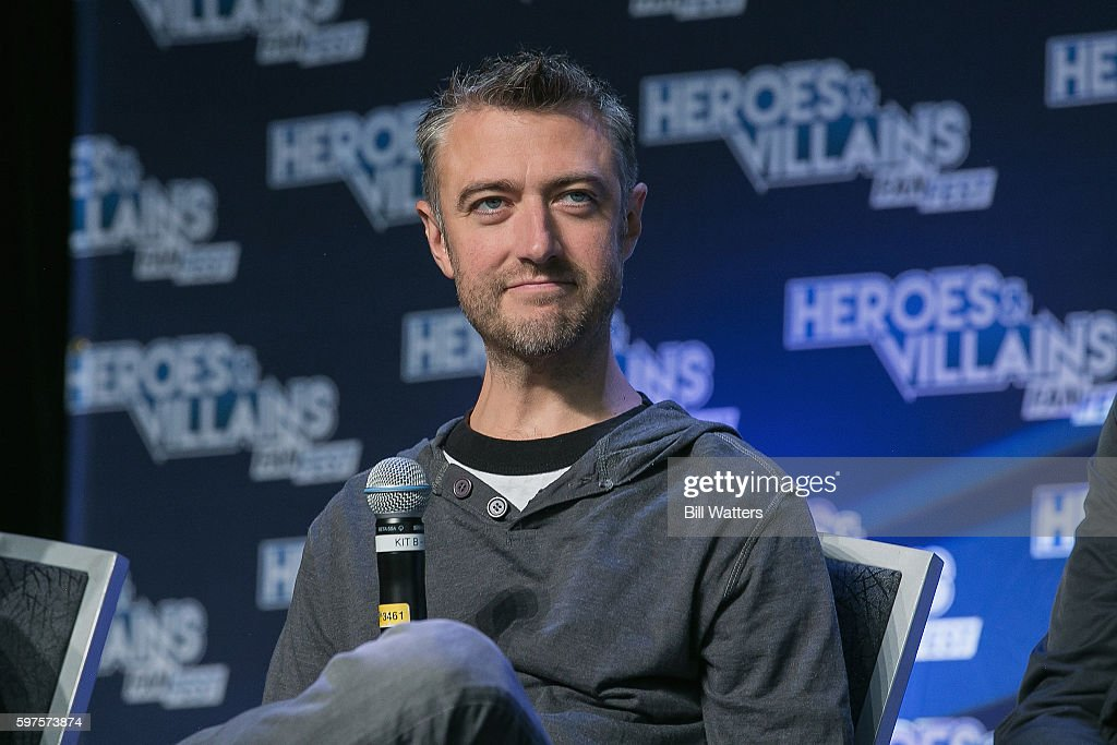 Heroes And Villains Convention : News Photo