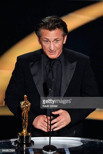 """Actor Sean Penn accepts his Best Actor award for """"Milk"""" during the 81st Annual Academy Awards held at Kodak Theatre on February 22, 2009 in Los..."""