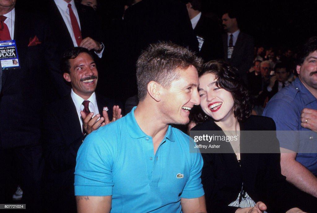 Sean Penn And Madonna In Atlantic City : News Photo