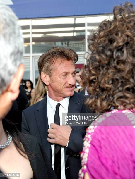 Actor Sean Penn at the MOCA Gala 2017 honoring Jeff Koons at The Geffen Contemporary at MOCA on April 29 2017 in Los Angeles California