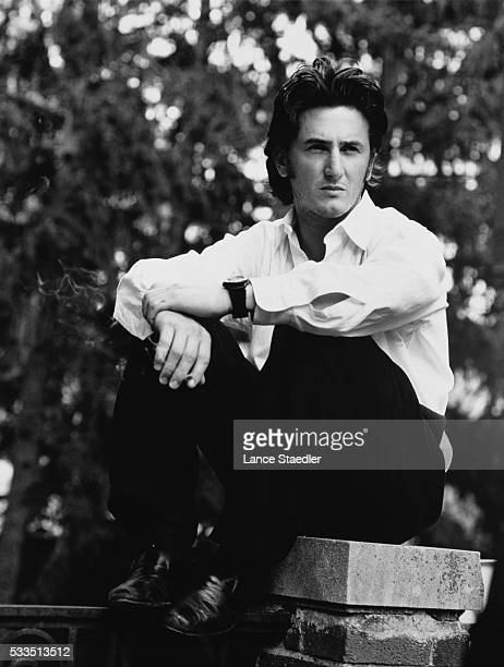 Actor Sean Penn is photographed for Fame Magazine in July 1990 in Omaha Nebraska