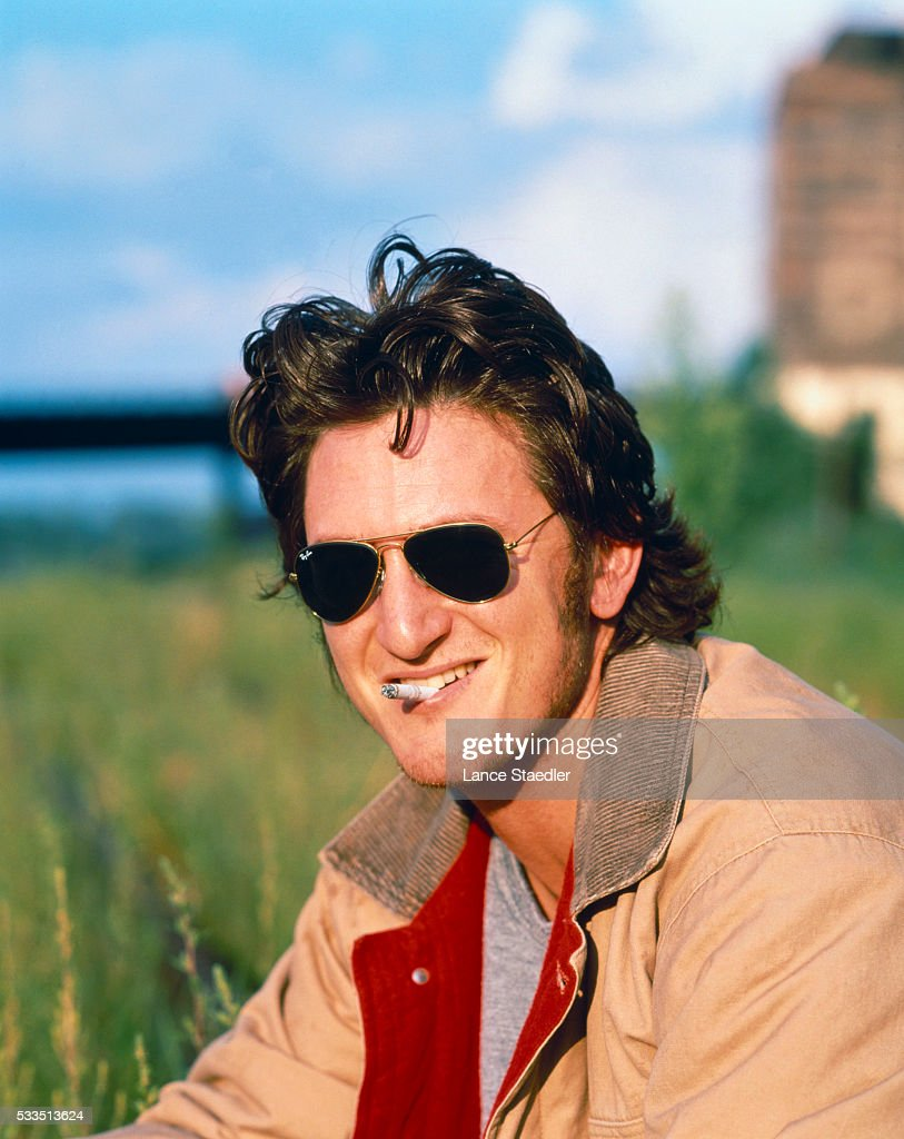 Actor Sean Penn is photographed for Fame Magazine in July 1990 in Omaha, Nebraska.