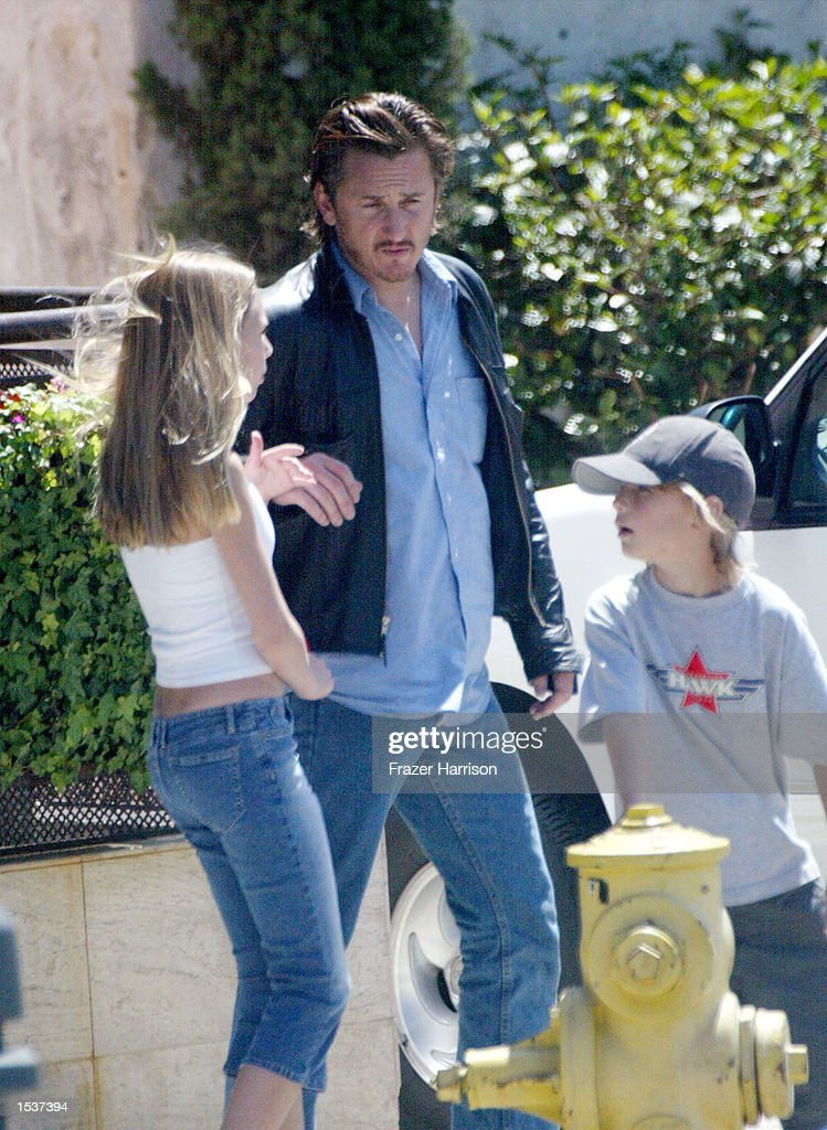 Charlize Theron And Sean Penn In Hollywood : News Photo