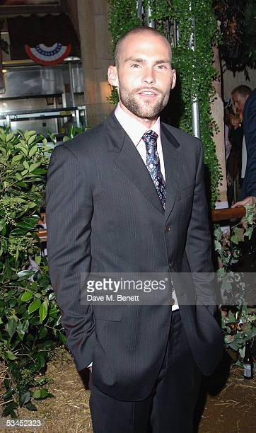 Actor Seann William Scott attends the after party for the UK Premiere of 'The Dukes Of Hazzard' at the Texas Embassy Cantina on August 22 2005 in...