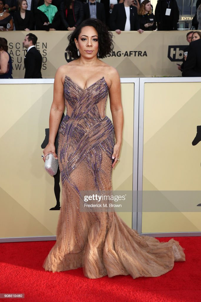 Actor Selenis Leyva attends the 24th Annual Screen Actors Guild Awards at The Shrine Auditorium on January 21, 2018 in Los Angeles, California. 27522_017