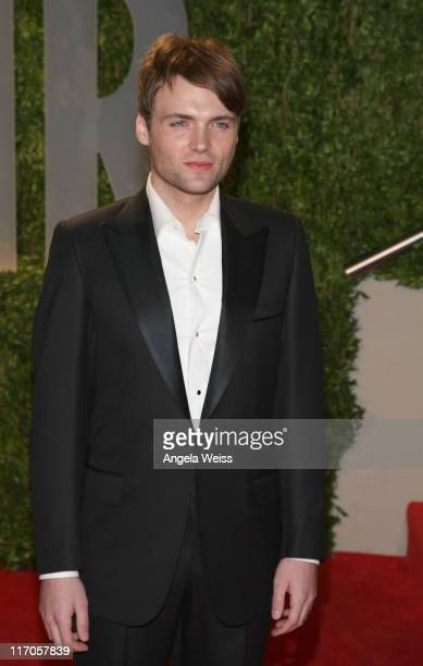 Actor Seth Gabel arrives at the 2009 Vanity Fair Oscar Party hosted by Graydon Carter held at the Sunset Tower on February 22 2009 in West Hollywood...