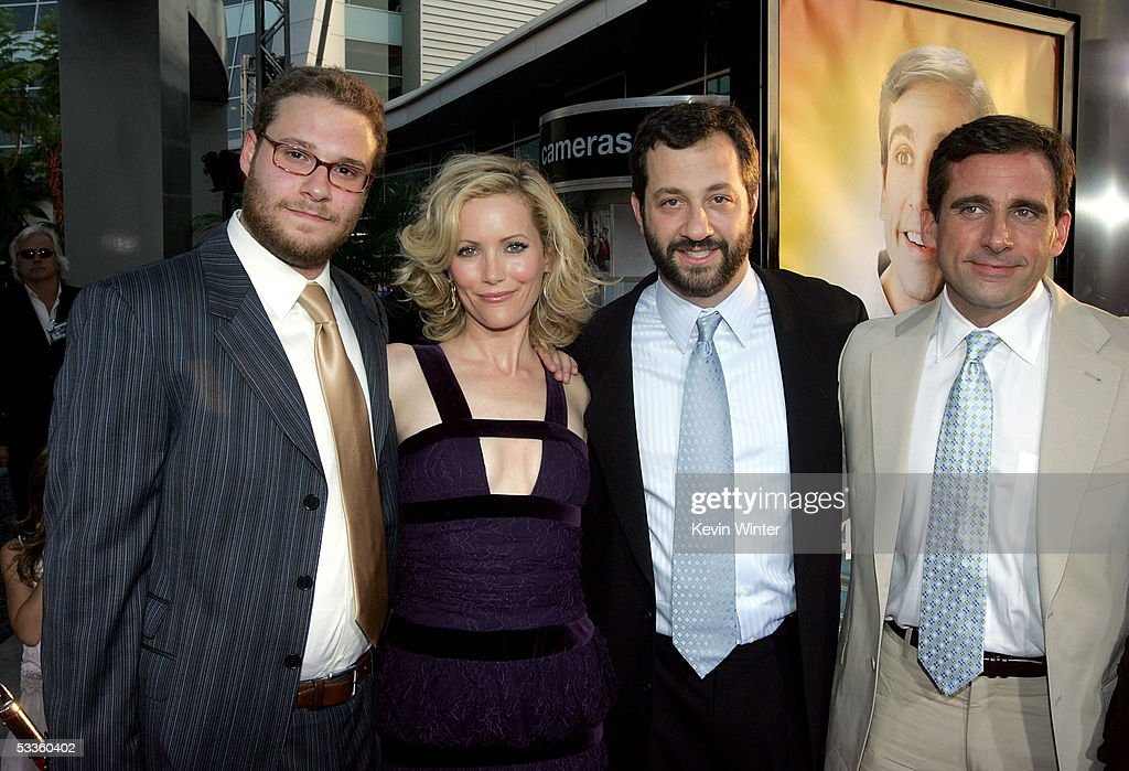 """Premiere Of Universal Studios """"The 40 Year-Old Virgin"""" - Arrivals : News Photo"""
