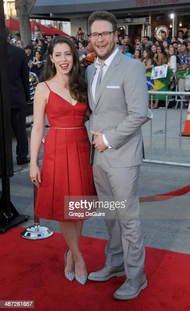 Actor Seth Rogen and Lauren Miller arrive at the Los Angeles premiere of 'Neighbors' at Regency Village Theatre on April 28 2014 in Westwood...