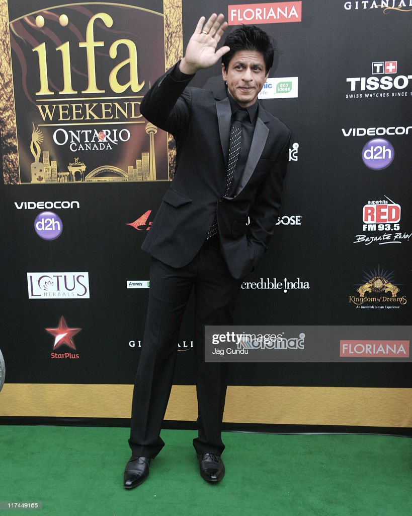 Actor Shah Rukh Khan attends the IIFA Awards green Carpet held at the Rogers Centre on June 25, 2011 in Toronto, Canada.
