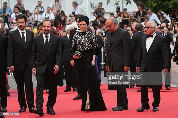 Actor Shahab Hosseini director Ashgar Farhadi and actors Taraneh Alidoosti Babak Karimi and Farid Sajjadihosseini attend the closing ceremony of the...