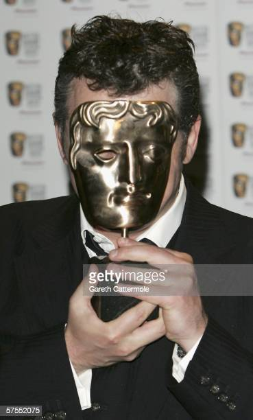 Actor Shane Richie poses in the Awards Room with the award for Continuing Drama for Eastenders at the Pioneer British Academy Television Awards 2006...