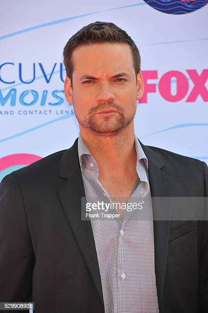 Actor Shane West arrives at the 2012 Teen Choice Awards held at the Gibson Amphitheatre in Universal City California