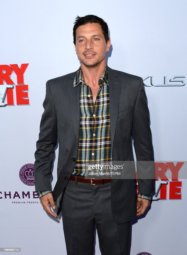 Actor Simon Rex Arrives At The Dimension Films Scary Movie 5 News Photo Getty Images
