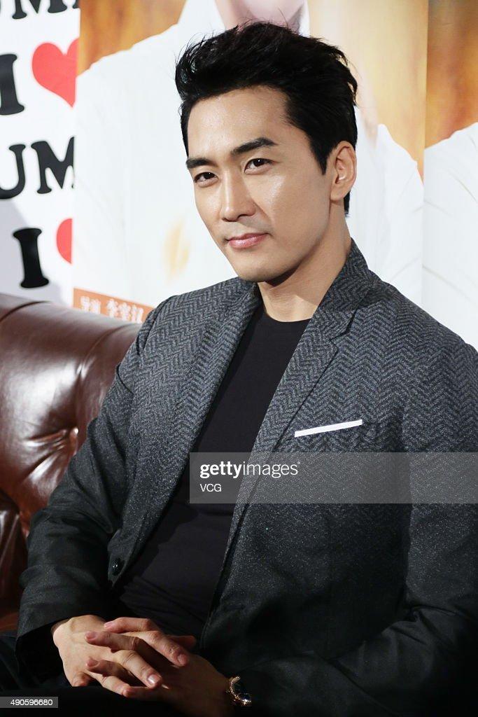 Song Seung-heon Visits Shanghai