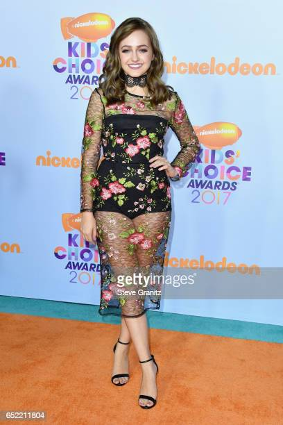 Actor Sophie Reynolds at Nickelodeon's 2017 Kids' Choice Awards at USC Galen Center on March 11 2017 in Los Angeles California