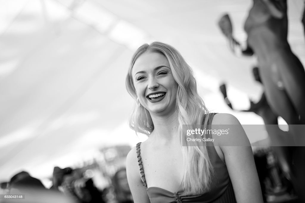 Actor Sophie Turner attends The 23rd Annual Screen Actors Guild Awards at The Shrine Auditorium on January 29, 2017 in Los Angeles, California. 26592_010