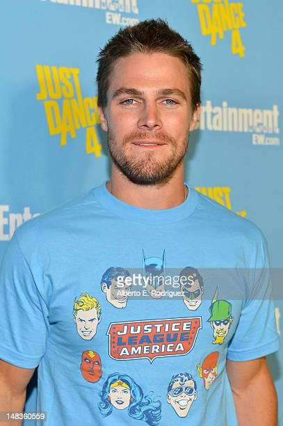 Actor Stephen Amell attends Entertainment Weekly's 6th Annual ComicCon Celebration sponsored by Just Dance 4 held at the Hard Rock Hotel San Diego on...