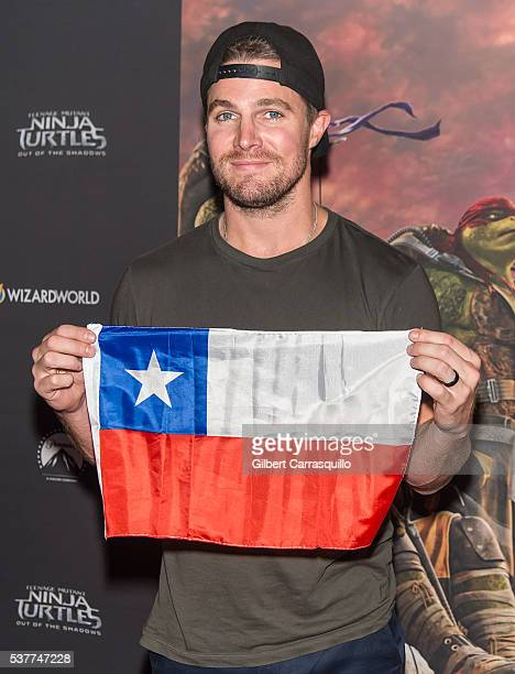 Actor Stephen Amell attends 'Teenage Mutant Ninja Turtles Out Of The Shadows' Philadelphia Screening at United Artists Riverview on June 2 2016 in...