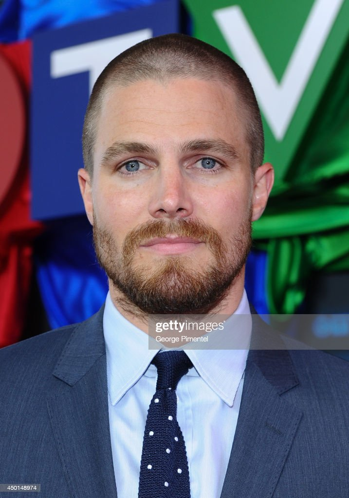 Ê Actor Stephen Amell of Arrow attends the CTV 2014 Upfront at Sony Centre for the Performing Arts on June 5, 2014 in Toronto, Canada.Ê