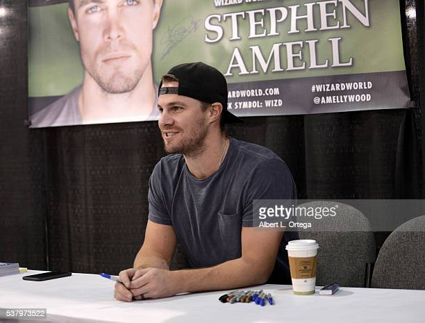Actor Stephen Amell on Day 2 of Wizard World Comic Con Philadelphia 2016 held at Pennsylvania Convention Center on June 3 2016 in Philadelphia...
