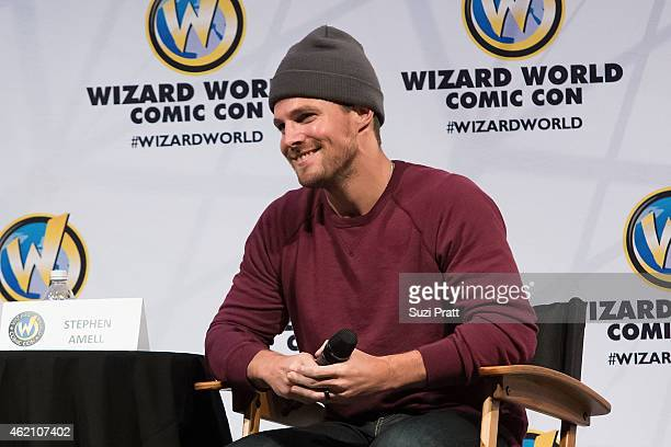Actor Stephen Amell speaks at Wizard World Comicon at Oregon Convention Center on January 24 2015 in Portland Oregon